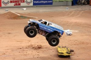 monster-jam-finals